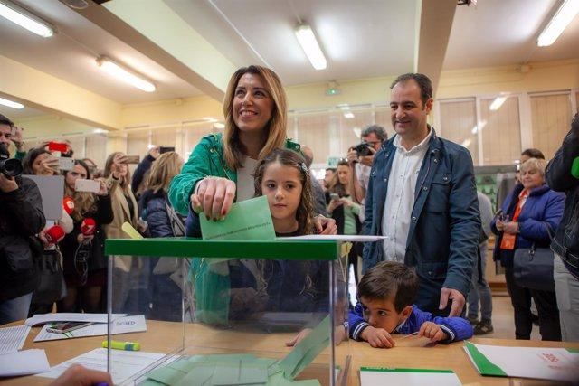 Susana Díaz, este domingo ejerciendo su derecho al voto