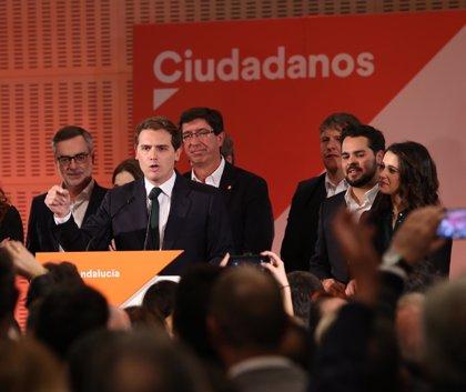 "Albert Rivera reclama a Pedro Sánchez que ""convoque ya elecciones generales"" después del ""revés"" en Andalucía"
