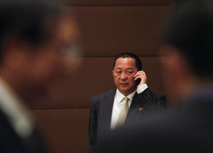 El ministro de Exteriores de Corea del Norte visita Vietnam para abordar las relaciones bilaterales