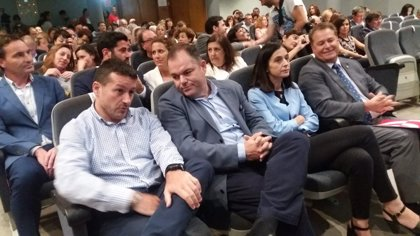 """UGT, """"muy preocupada"""" por los resultados de VOX en Andalucía, advierte de que """"la izquierda tiene que hacérselo mirar"""""""