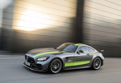 Mercedes-AMG presenta los nuevo AMG GT y la edición limitada AMG GT R PRO