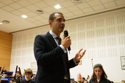 """El alcalde de Almería cree que Moreno (PP-A) tendrá que """"liderar el cambio"""" por """"lógica y sentido común"""""""