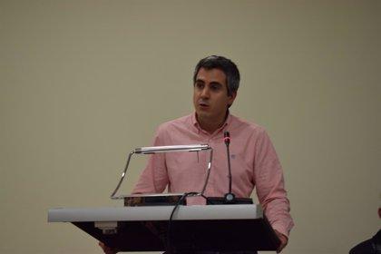 """Zuloaga ve """"lejos"""" la irrupción de VOX en el Parlamento de Cantabria"""