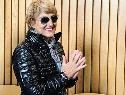 """María Victoria Pinilla dice que le resulta """"sorprendente"""" cobrar y pagar """"en B"""""""