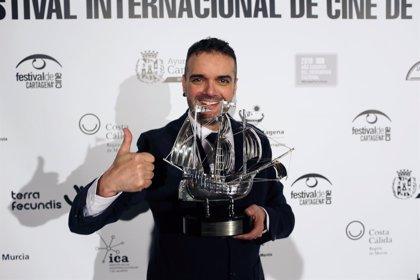 El asturiano Roberto F. Canuto recibe la 'Carabela de Plata' del Festival Internacional de Cine de Cartagena