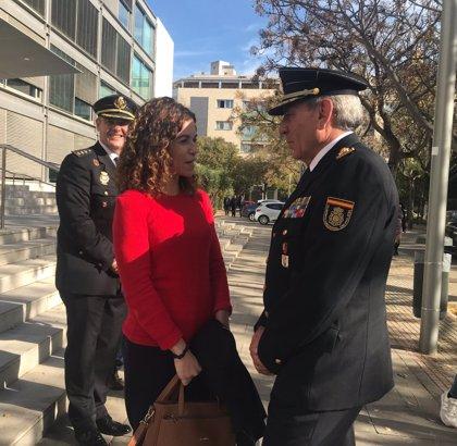 """Rosario Sánchez asegura que """"siguen trabajando"""" para que los policías de Baleares reciban un plus de insularidad"""