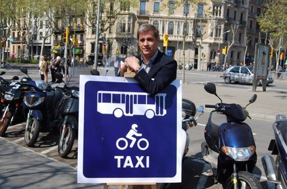 Alberto Fernández pide suspender la restricción a las motos en días de alta contaminación