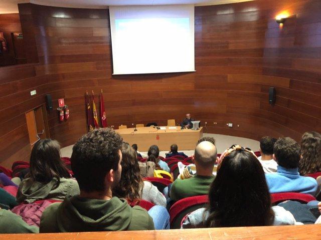 Alumnos de la Facultad de Turismo de la Universidad de Murcia conocen MiMurcia