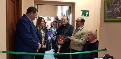 La Diputación asiste en Espera a la reapertura de la sede de Espérida
