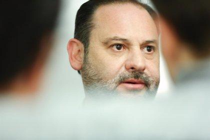 El PSOE intentará mantener el Gobierno en Andalucía, rechaza investir a Marín y abre la puerta a la renuncia de Díaz