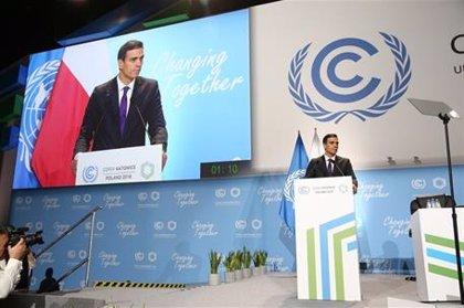 """Sánchez anuncia en Polonia que España alcanzará cero emisiones de CO2 en 2050 y que será """"pionera"""" en transición justa"""