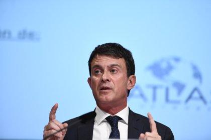 """Valls aboga por un pacto constitucionalista en Andalucía y tacha a Vox de """"populismo de extrema derecha"""""""