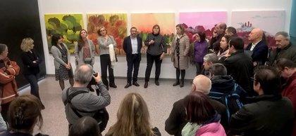 Inauguración de una exposición realizada por usuarios de centros de apoyo a la integración
