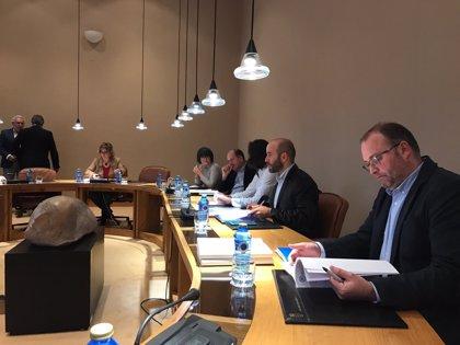 El pleno de este martes arranca con tres leyes: Puertos, provisión de las jefaturas de servicios y cláusulas sociales