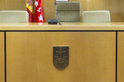 Condenado a 14 años de cárcel a un hombre que degolló a un policía en un bar de Vicálvaro el año pasado