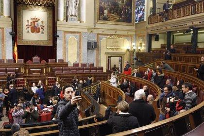 4.700 personas visitan el Congreso en la primera jornada de Puertas Abiertas del 40 aniversario de la Constitución