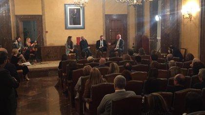 """El delegado de Gobierno pide """"recuperar el respeto para perfeccionar la democracia"""" en un acto homenaje a la Carta Magna"""