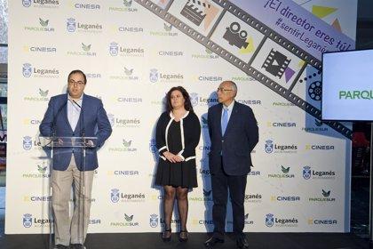 Ayuntamiento y Cinesa convocan certamen para que jóvenes creen cortometrajes que se estrenarán en salas de cine