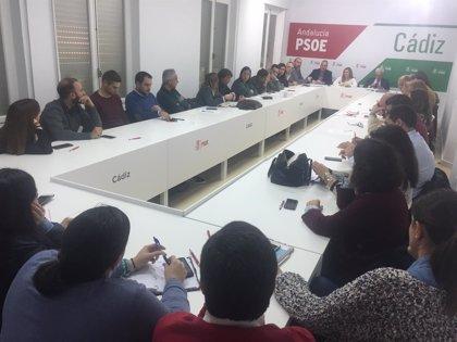 """El PSOE de Cádiz respalda a Susana Díaz para que tome la iniciativa de formar Gobierno y frenar al """"extremismo"""""""