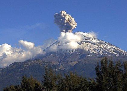 México decreta alerta amarilla por las explosiones del Popocatépetl