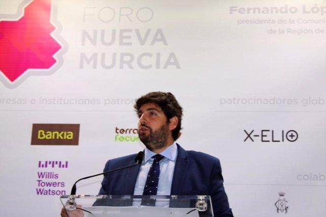 Fernando López Miras participa en el Foro Nueva Murcia