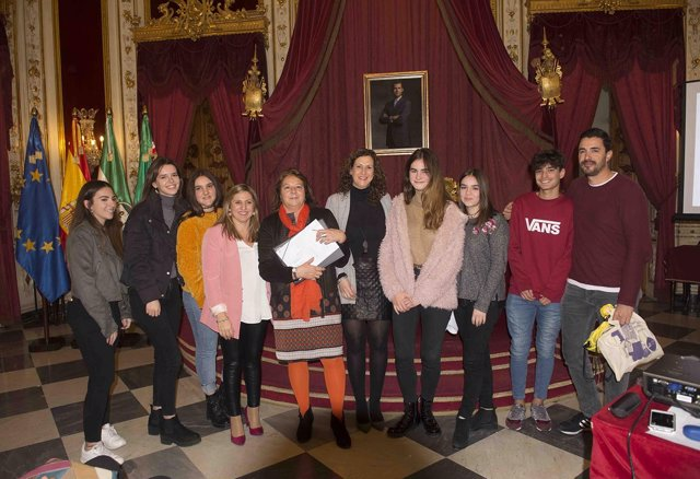 Ganadores del certamen 'Cuando el roce no hace el cariño' de la Diputación