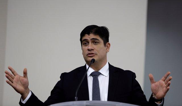 Costa Rica's newly-elected President Carlos Alvarado Quesada speks after receivi