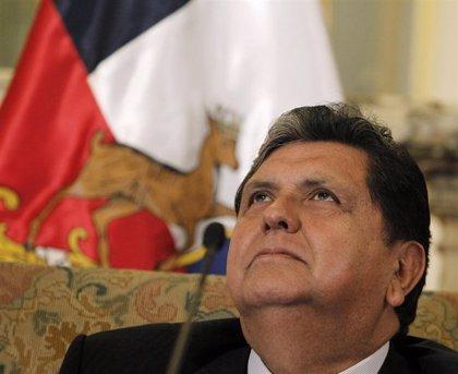 Vizcarra dice que el expresidente Alan García tiene derecho a pedir asilo en otro país tras la negativa de Uruguay