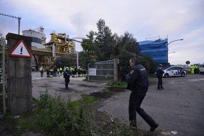 Ence da por extinguido el incendio en su fábrica de Pontevedra y asegura que analizará las causas