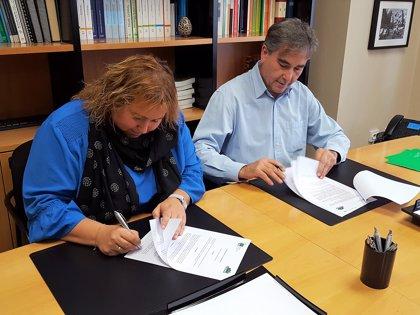 Satse y CEAPA firman un acuerdo para reclamar la presencia enfermera en todos los centros educativos