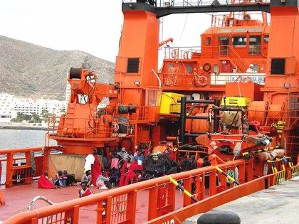 Podemos pide una estrategia integral de acogida de migrantes a las costas murcianas