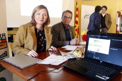 Prova pilot al Pla de l'Estany per augmentar el reciclatge d'envasos a partir de recompenses amb una moneda virtual