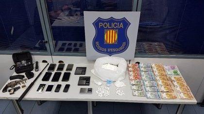 Desarticulen un grup especialitzat en el tràfic de cocaïna a Badalona