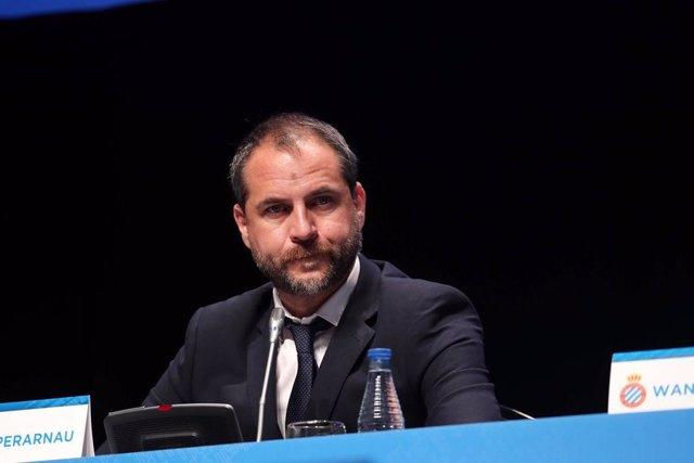 El director general deportivo del RCD Espanyol, Òscar Perarnau, en la JGA