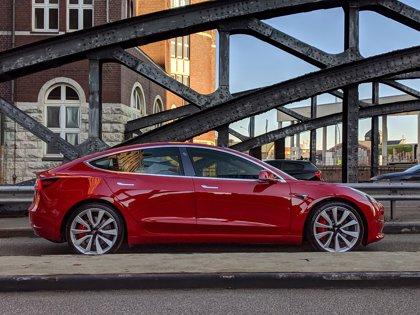 Tesla abre el período de recepción de pedidos del Model 3, desde 59.100 euros