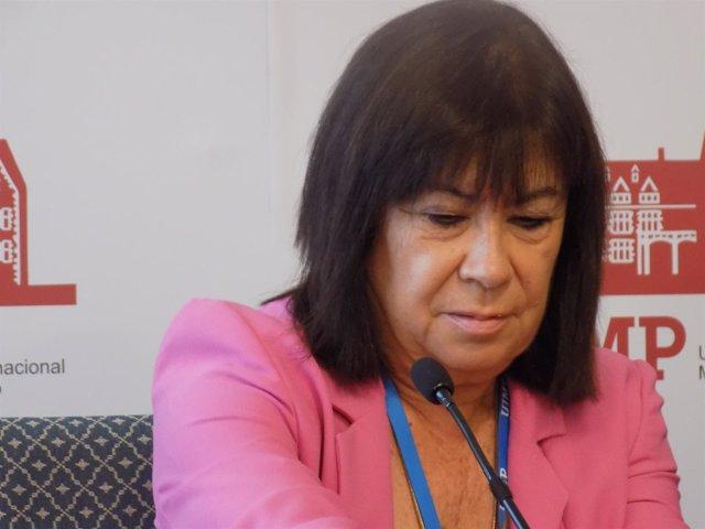 La presidenta del PSOE, Cristina Narbona, en la UIMP