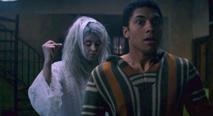 """Sabrina lanza el tráiler de su especial de Navidad, """"la mejor época para historias de fantasmas"""""""