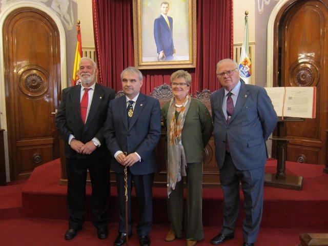 Pleno sobre la Constitución en el Ayuntamiento de Badajoz