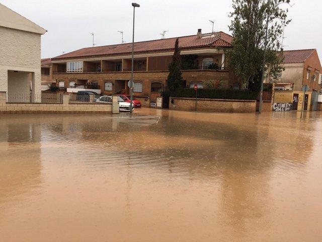 Calle anegada por las inundaciones en San Javier