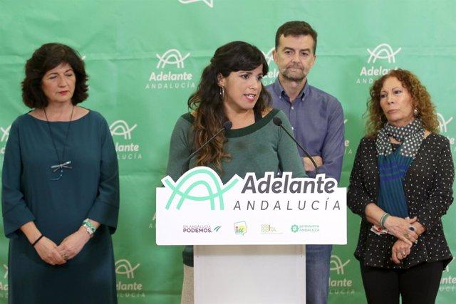 Teresa Rodríguez en rueda de prensa junto a Antonio Maíllo para valorar el 2D