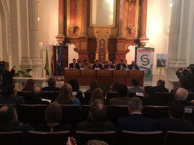 Presentación de la memoria anual del CES