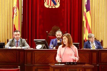 PP, Cs y El PI piden a Armengol que comparezca en el pleno del martes para explicar las negociaciones del REB