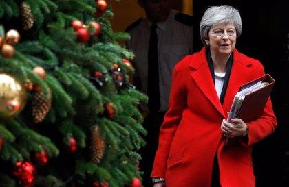 May niega que el Gobierno haya ocultado datos sobre el Brexit al Parlamento