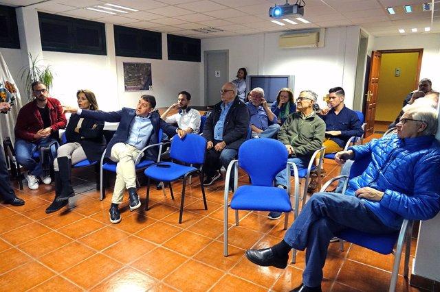 Reunión para explicar el proyecto