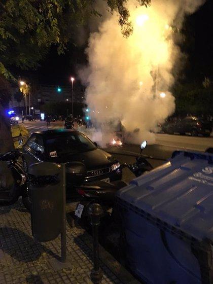 Comerciantes de Cádiz condenan destrozos durante la manifestación contra Vox y piden responsabilidades