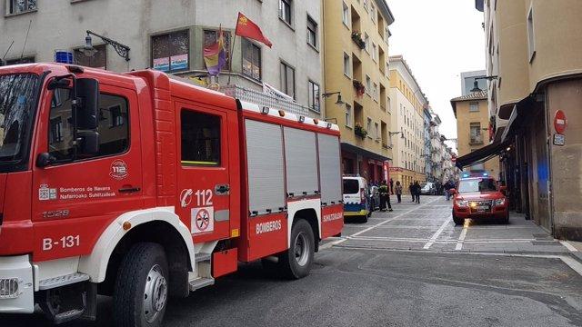 Los bomberos en la calle San Agustín.
