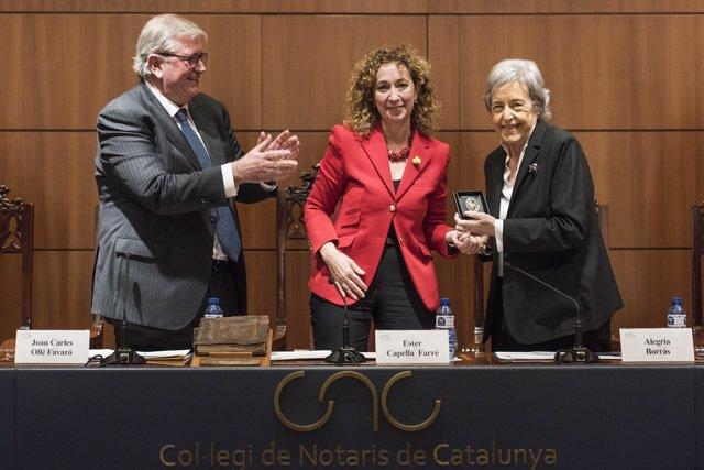 Els notaris catalans distingeixen la jurista Alegría Borrás