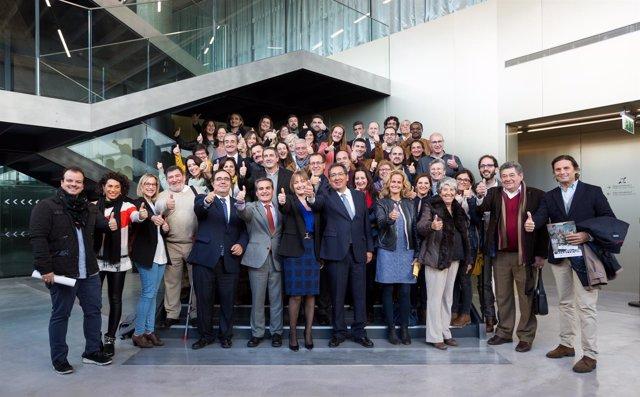 La Caixa y Cajasol financian el proyecto de la Flora Tristán
