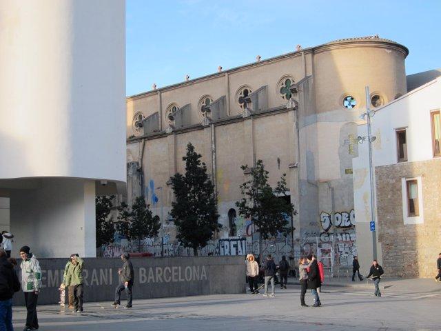 La Capella de la Misericòrdia, al costat del MACBA