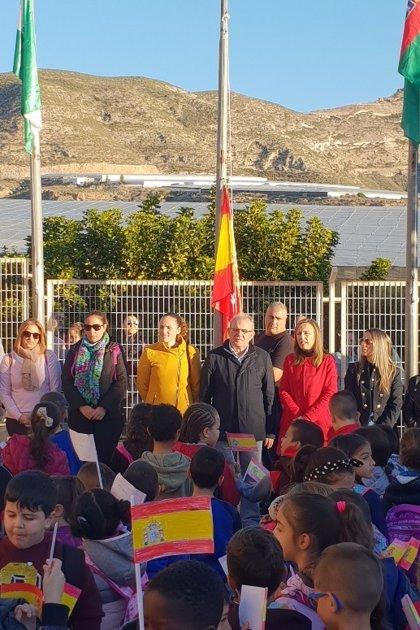 Junta participa en los actos del CEIP Blas Infante de Vícar con motivo de Día de la Constitución